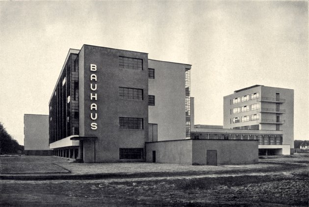 david brady explores the new architecture and the bauhaus by